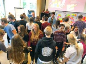 Støvring Gymnasium afholder seminar for elevråd, og denne proces faciliteres grafisk af Tegnestuen helleforhelle